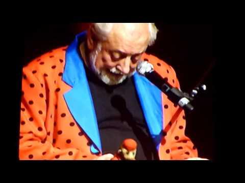 Urbanus - Hittentit Live @ Sportpaleis Antwerpen 17/12/2011