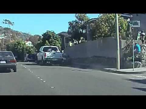 Truck crash in Laguna Beach PCH