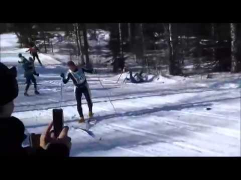 Череда падений из-за одного лыжника