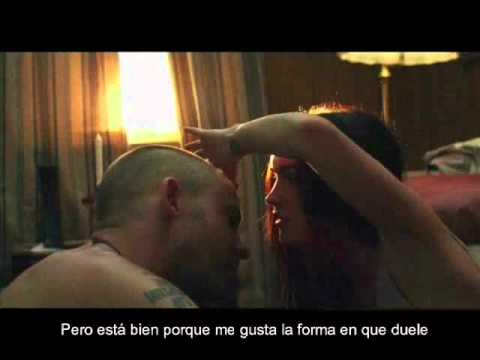 Eminem Ft. Rihanna - Love The Way You Lie (subtitulado Español) video