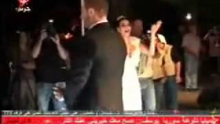 مصريانو   فضيحة سيرين عبد النور فى زفافها   عريسها يجردها من ملابسها الداخلية   فيديو