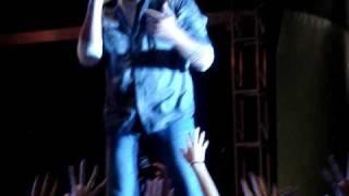 Blake Shelton Video - Blake Shelton Being super funny!