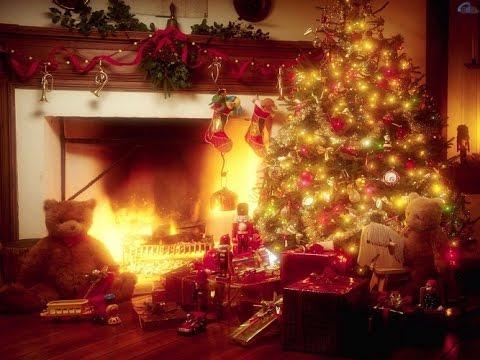 (153) У меня в доме в Рождественский вечер)) Америка.