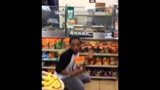 [COMEDYVINE]     I Got My Chips Aye...
