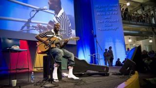 Watch Wyclef Jean Runaway video