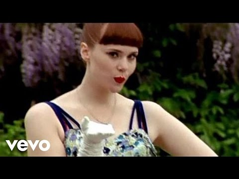 Kate Nash - Kiss That Grrrl Video