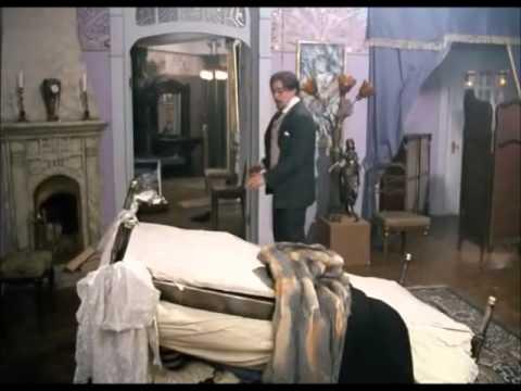 """Фрагмент из фильма """"Ключи от спальни"""" 2003 г."""
