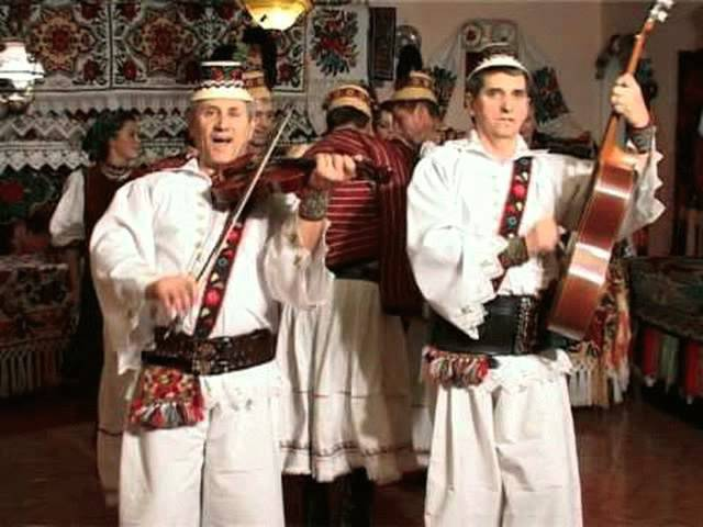 Fratii Florea - Mandru-i jocu de invartit