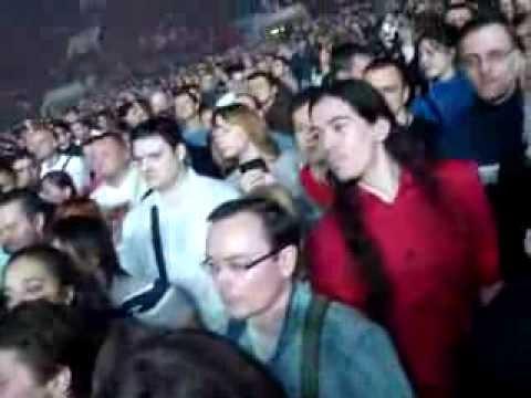 Saint-Pétersbourg la Russie 04.11.13 Фан-зона, 20:05, найди себя!)