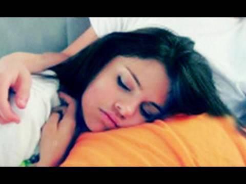 SELENA GOMEZ WAKES UP UGLY?