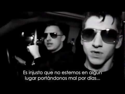 Arctic Monkeys - R U Mine? Hd Lyrics [ Sub Español ] video