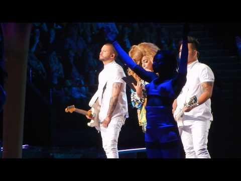 Lady Gaga - Venus + MANiCURE (artrave Brisbane)