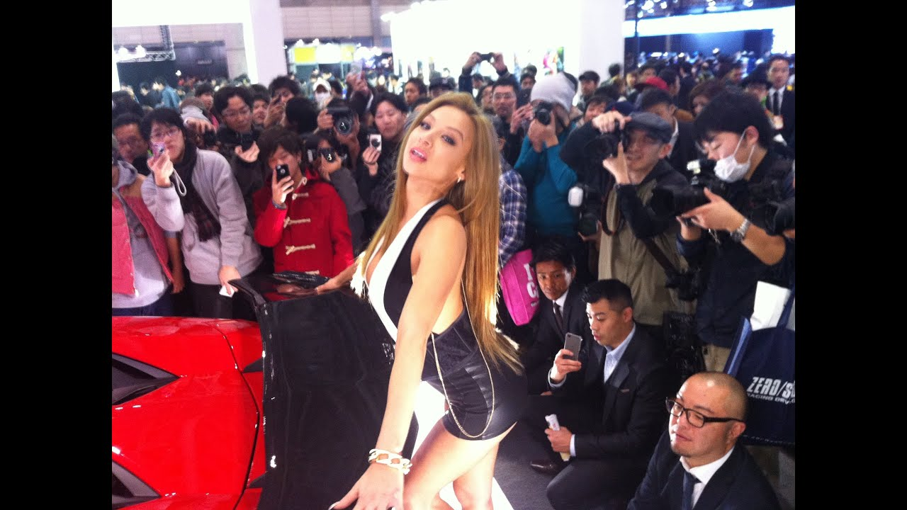Auto Girl of The Day Tokyo Auto Salon Day 2&3