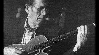 Watch Chet Atkins Back Up And Push video
