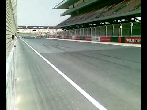 RENAULT F1 CRASH DUBAI AUTODROME