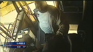 Man gets 30 years for assaulting bus driver
