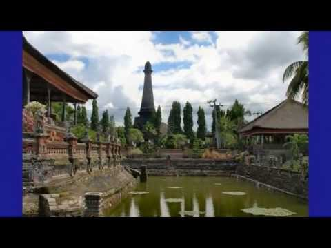 Top 10 Tourist Attractions in Indonesia | Tourism History Taman Kertha Gosa Klungkung Palace