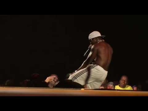 Yung Joc - It's Goin Down (LIVE at SCREAMFEST)