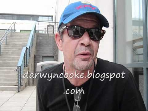 Darwyn Cooke Interview (What's wrong with Comics) HEROES CON 2011