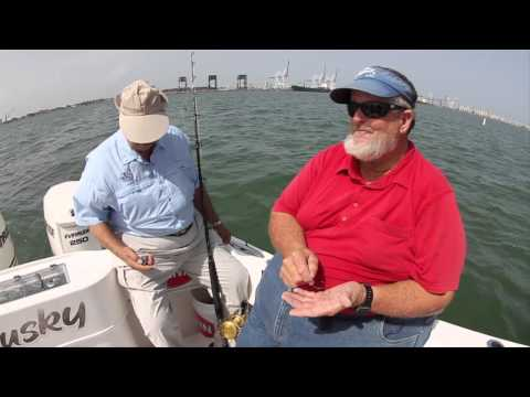 Create a basic bottom fishing rig - Captain Bouncer Smith - IGFA Video Tutorial