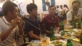 Hình bóng quê nhà - anh Tuấn thổi sáo giao lưu với Mão mèo tại Đà Nẵng