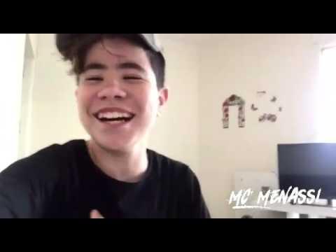 MC MENASSI - FESTA DO MC KAUAN (Causando Com Os Palhaço Bastidores)