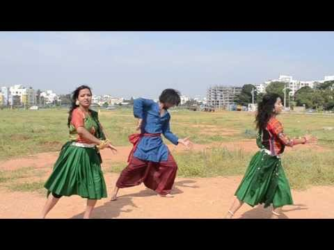 Nagada Sang Dhol - Piah Dance Company video
