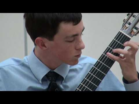 Alexander Stroud at Sacramento Guitar Society - Giuliani - Variations sur