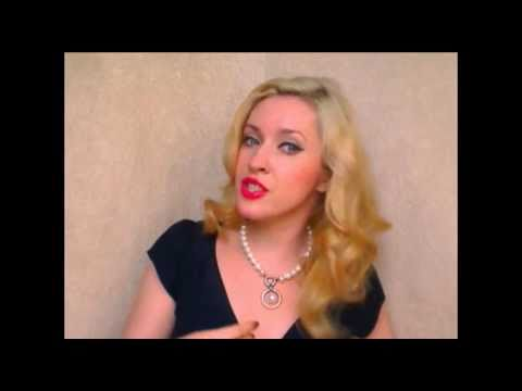 vintage curls with hot rollers 1940s 40s hairstyles for long hair
