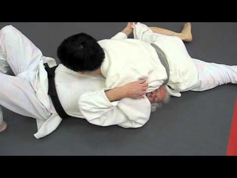 Judo: Two Kami-Shiho Gatame Escapes Image 1