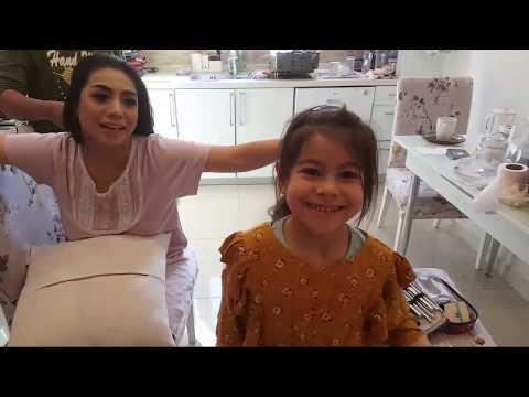 Download Siti Kdi Make Up Didapur - Live Broadcast Mp4 baru