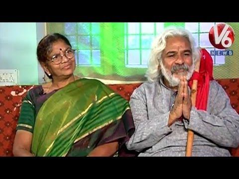 Life Mates - Telangana Prajagayakudu Gaddar & Vimala - V6 Exclusive...
