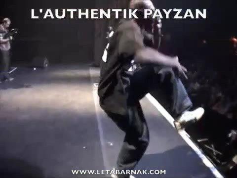 http://www.letabarnak.com L'AUTHENTIK PAYZAN PERFORME LIVE DEVANT PLUS DE 2000 PERSONNES AU METROPOLIS EN PREMIERE DE METHOD MAN & REDMAN LE DIMANCHE, 28 SEP...