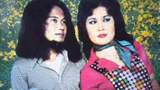 Download Lagu Mandul - Rhoma Irama & Elvy Sukaesih Gratis STAFABAND