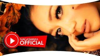 Monica Selvia Cinta Sekejap Official Music Video NAGASWARA