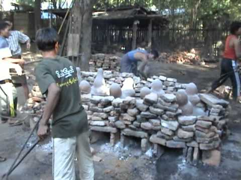 Bronze casting of Buddha images in Burma / Myanmar