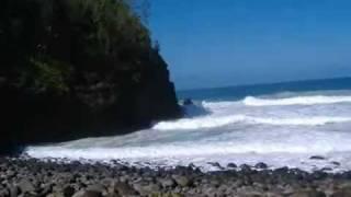 Watch Israel Kamakawiwoole Hele On To Kauai video