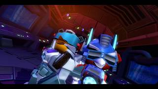 Angry Birds Transformers War in Christmas Map