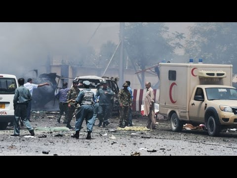 Afghanistan violence Deadly suicide bomb hits Kabul