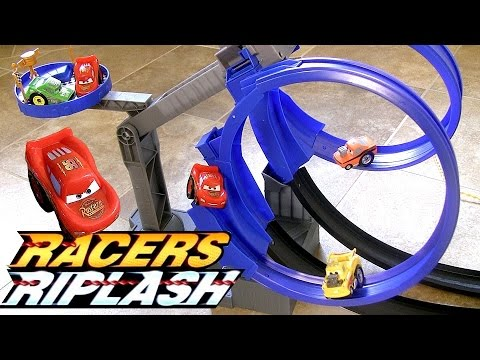 CARS Piston Cup Double Loop Challenge Race Track Transforming Playset Review Multi-Car Racing