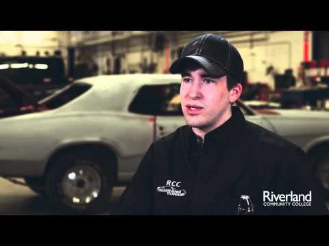 D J , Collision Repair Student Riverland Community College