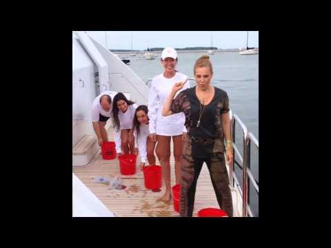 Thalia - ALS Ice Bucket Challenge (Reto de la Cubeta de Hielo)