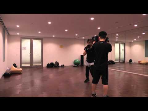 Junko Boxingwith Ken-chan 2nd round on 29th Jan 2013