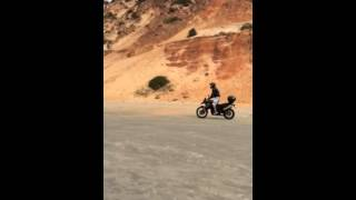 BMW f800gs na beira mar de Imbituba