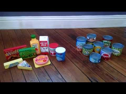 Melissa & Doug Wooden & Cardboard Play Food - Toy Review