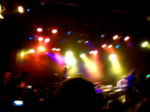 Electric Bloom (pt.2)(incomplete) - Foals@El Rey Oct 18 2010