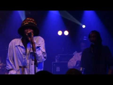 Israel Vibration - Tippy Tippy Toes - Never Gonna Hurt Me Again (live In Paris Nov 1st 2010) video