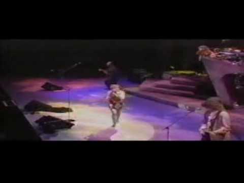 Cyndi Lauper - Dancing With A Stranger