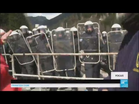 Migrants: Austria building fence on border with Italy
