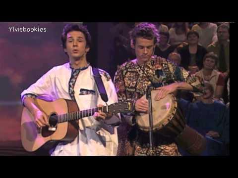Ylvis sings in Botswana language